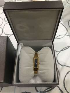 Gucci Watch (Gold)