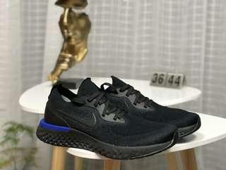 Nike Epic React Flyknit 泡沫顆粒編織跑步鞋
