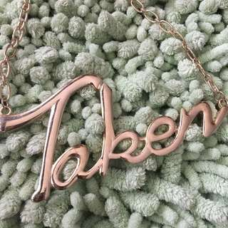 Taken necklace H&M
