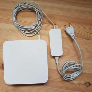 AirPort Extreme Base Station (2nd Generation - Gigabit)