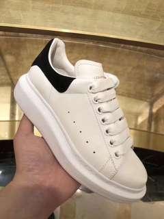 休闲鞋MCQ
