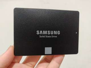 Samsung SSD Harddrive 500GB Evo750