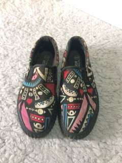 Black Pattern Shoes