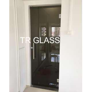 Frameless Tinted Black Frosted Swing Door