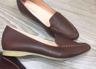 💝出清特價中❤️二手私物 咖啡輕便休閒鞋  適合23.5cm