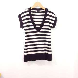 【日本品牌】La ziza寬鬆長版針織上衣。