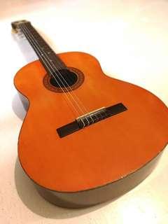 Yamaha Classical Guitar CG-30 well kept nice sound