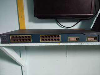 CISCO SWITCH HUB 24PORT