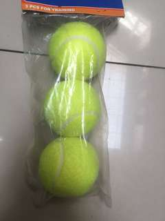 NEW Bola Tennis