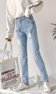🚚 淺藍寬褲破褲牛仔褲