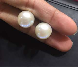 Authentic South Pearl Earrings 13mm