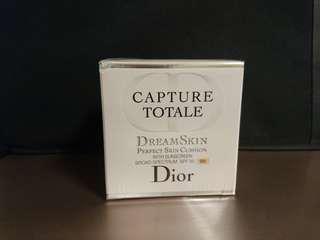 Dior 迪奧夢幻美肌氣墊粉餅SPF50/PA+++