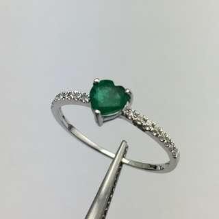 18K白金戒指 56份綠寶 7份鑽石 18K Withe gold Ring 0.56ct Emerald 0.07ct Diamond  可議價