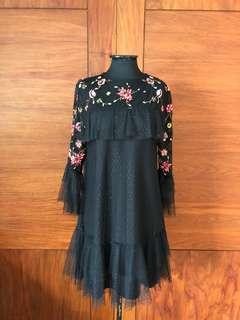 Zara / Frill & Floral Dress