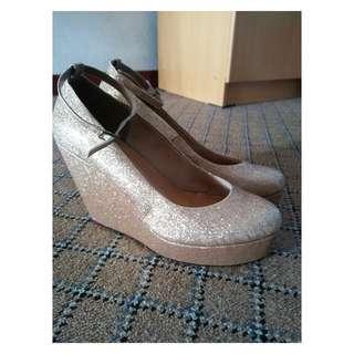 High Heels Glitter Emas