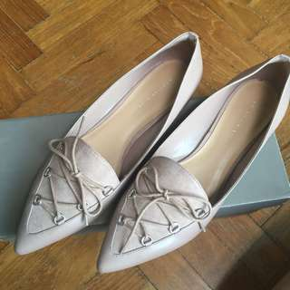 Charles & Keith loafers/ flat shoes