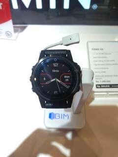 Smartwatch Garmin Fenix 5s Kredit proses 3 menit