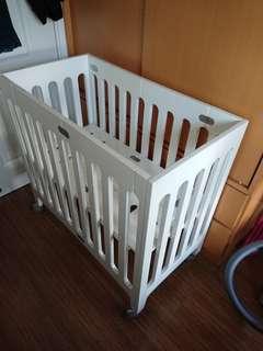 Bloom Alma mini crib BB 床