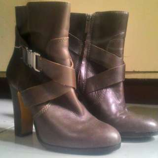 Brown Leather Boots (Vince Camuto)