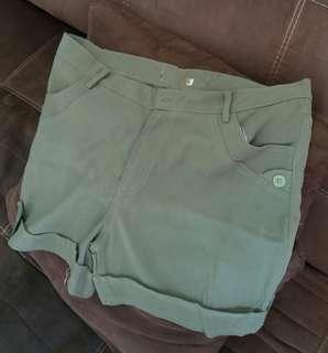 Celana pendek pria size XXL