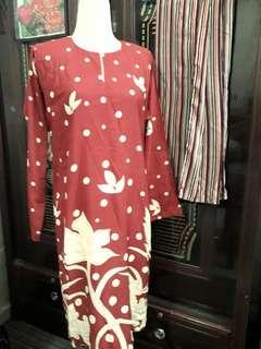 Baju Kurung tradisional
