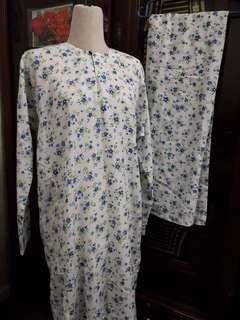 Baju Kurung traditional