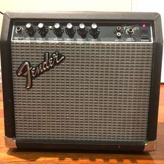 Fender Frontman 15G Classic Electric Guitar Amp 38w