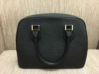 Tas Louis Vuitton asli preloved