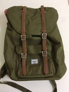 Herschel Backpack ( ORIGINAL)