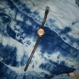Fossil女錶(貌似沒電)