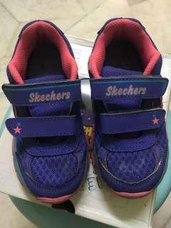 Skechers foamies