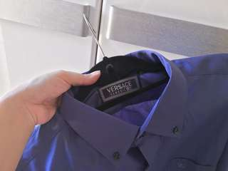 Auth Versace blue violet long sleeve collared top