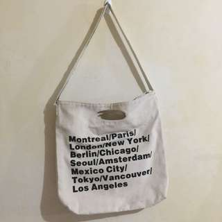 """AMERICAN APPAREL"" Cities Print Oversized Canvas Tote Bag"