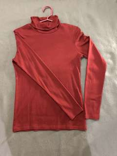 Turtle neck sweater fits s-m