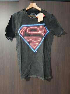 BNWT Superman graphic tee t shirt size M
