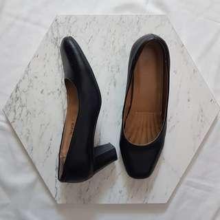 Sepatu kerja formal bata hitam