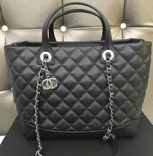 Bnew Chanel 2 way bag