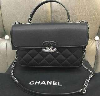Bnew Chanel Medium CC Box flap