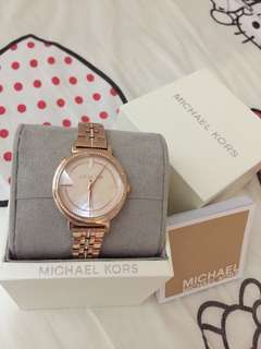 Michael Kors Watch女裱