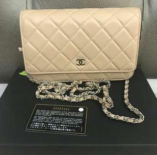 Chanel WOC beige