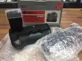 🚚 曙光數位 BG-E8 電池把手 Battery Pack for 550D 600D 650D