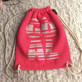 NEW Artwork Pink Mesh Drawstring bag