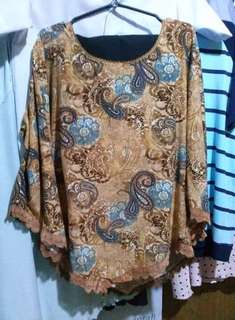 Imported bell sleeve top