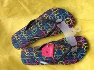 Xhilaration Flip flops
