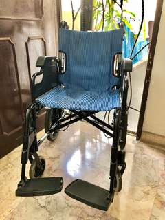🧣PRE-LOVED WHEELCHAIR(Life-Line)