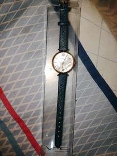 Jam Tangan VNC belum pernah dipakai