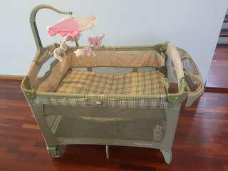 graco play pen and cot