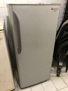 Panasonic Upright Freezer 6.5cu ft