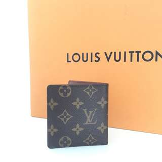 AUTHENTIC LOUIS VUITTON SHORT WALLET MONOGRAM DATECODE:CT1905 (LV21O1)
