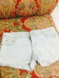 Hotpants stud
